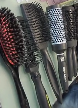 Brushes And Bristles That Work For Your Hair
